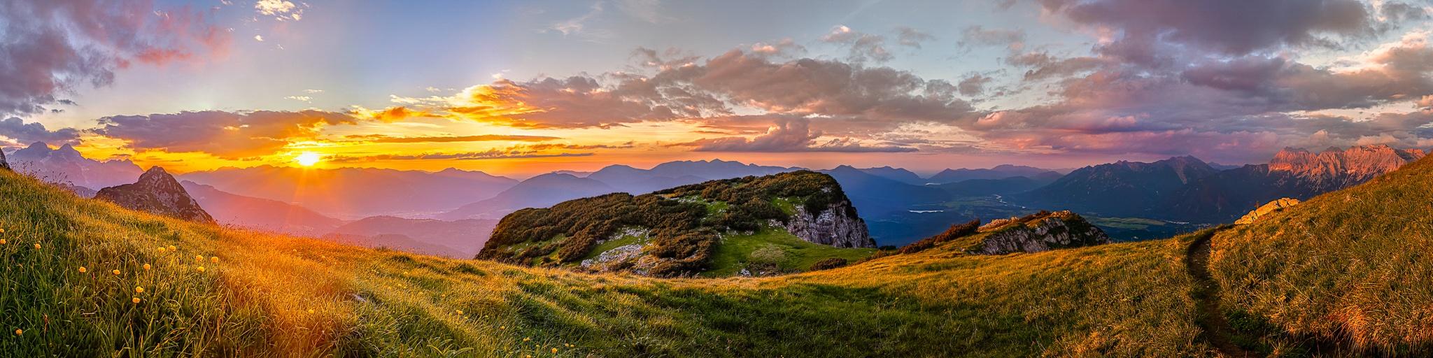 Sonnenuntergang, Panorama, Werdenfels, Berglandschaft, Alpen, Garmisch-Partenkirchen, Isrtal