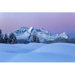 Buckelwiesen im Winter Zugspitze Alpspitze