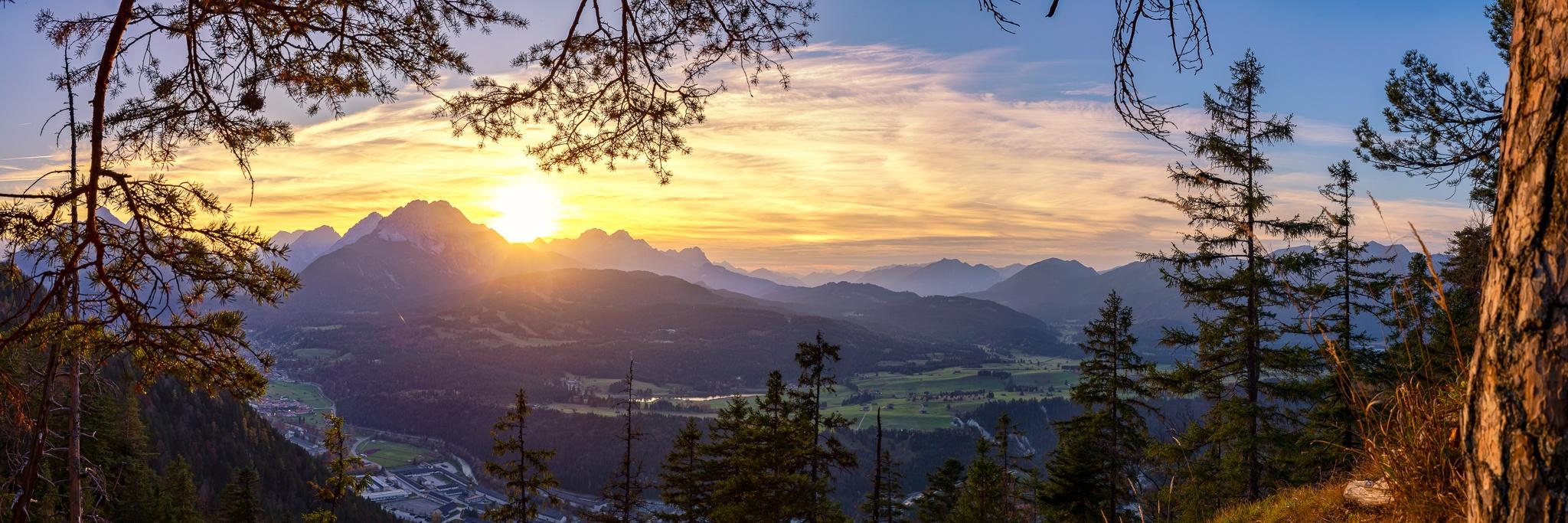Sonnenuntergang, Berglandschaft, Alpen, Karwendelhauptkamm, Mittenwald