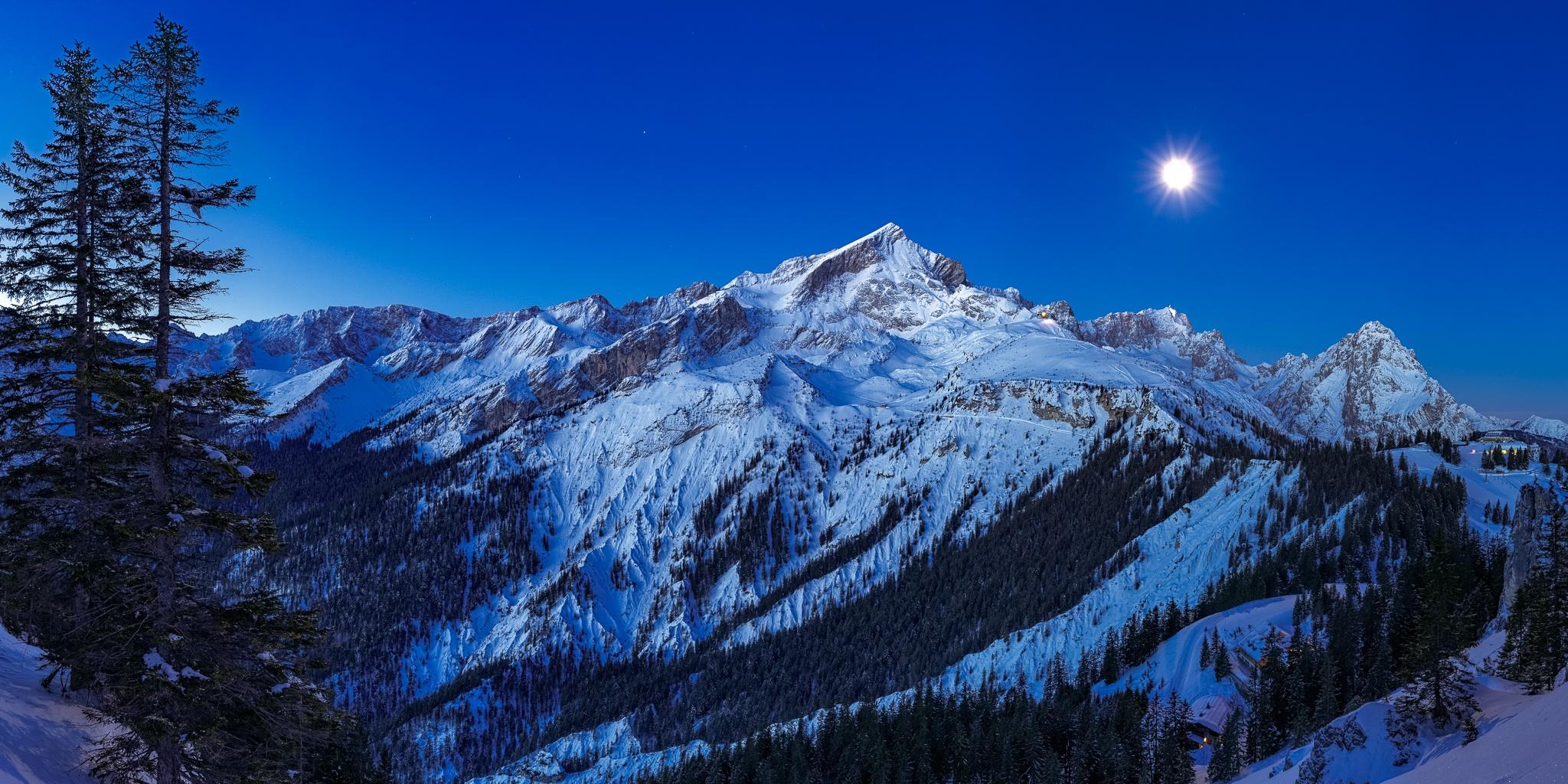 Alpspitze-Zugspitze-Mondlicht
