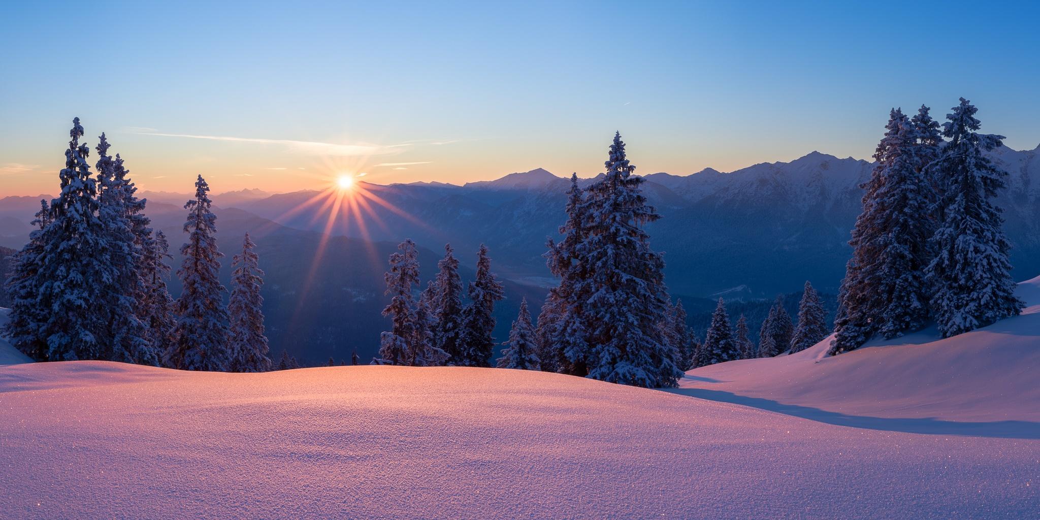 Sonnenaufgang, Morgen, lila, Wallgauer Alm, Winter, Schnee, Wintertraum