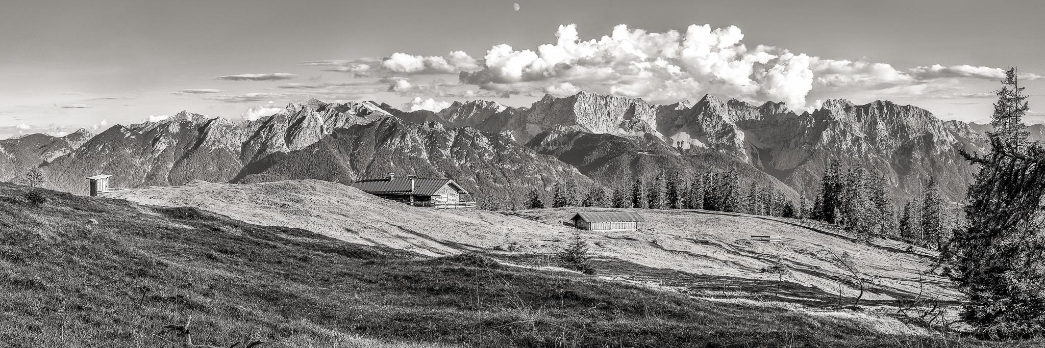 Krüner, Alm, Estergebirge, schwarz, weiß, Panoramafoto
